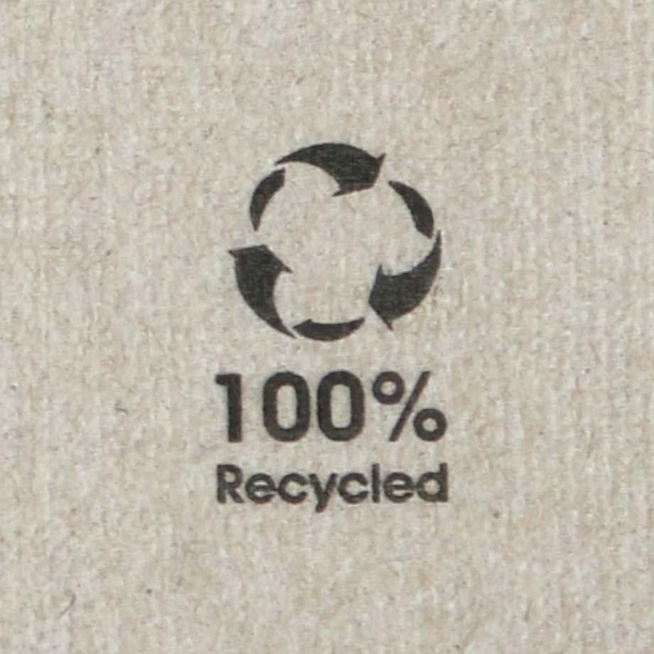 Servilleta de papel bio sin blanquear, 33 x 33 cm, 1 hoja, 1/8 Biopacksystems es ahora Bionatic Spain, especialistas en envases ecológicos para alimentación desde 2010. La primera tienda online de envases ecológicos, biodegradables y compostables de calidad. Bionatic Spain ofrece una gama de productos ecológicos y 100% biodegradables a empresas de catering, restaurantes, truck food. Los envases de Bionatic Spain, son perfectos para take away, para llevar la comida que sobra en el restaurante y para comida para llevar en general. Los productos de biopacksystems y Bionatic Spain, son de calidad garantizada y con todos los certificados que exige la comunidad europea.